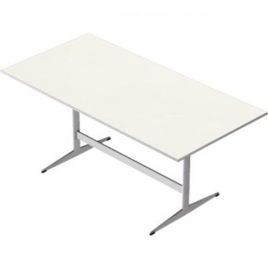 Arne Jacobsen 1902-1971. Spisebord