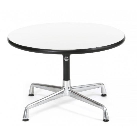 Charles Eames Cirkulært sofabord med stel af aluminium. Top af hvid laminat.