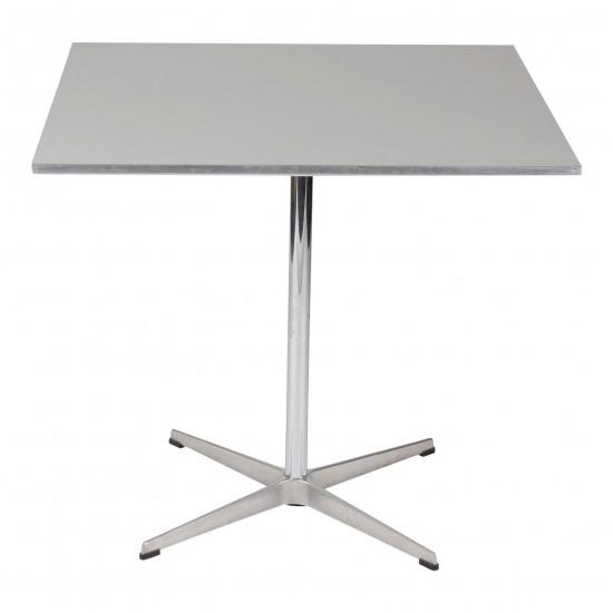Arne Jacobsen cafebord med grå laminat 80 x 80 cm