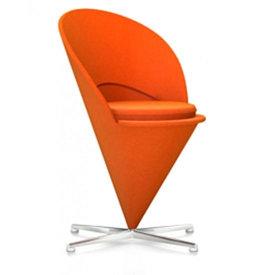 Verner Panton 1926-1998. Stol, Cone Chair / Kræmmerhusstolen. Fuldpolstret med orange 'Hallingdal' uld
