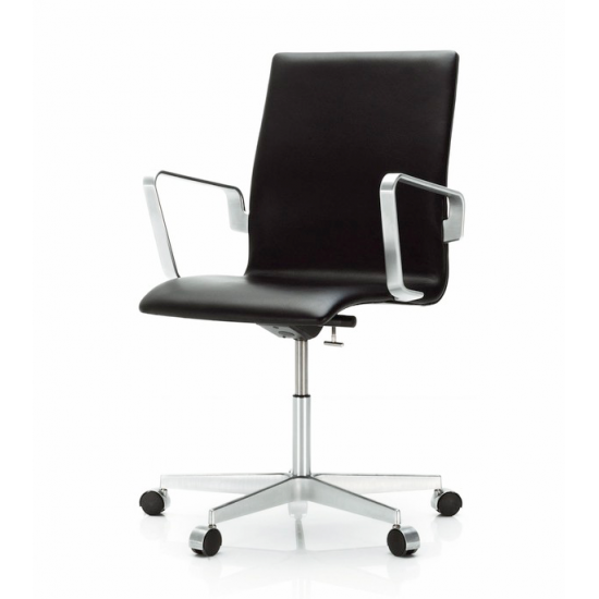 Arne Jacobsen (1902-1971). Stol model 3273 'Oxford' med mellemhøj ryg